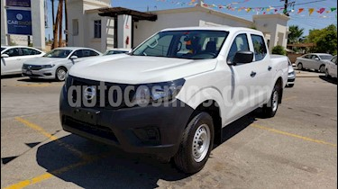 Foto venta Auto usado Nissan NP300 2.4L Doble Cabina S A/A (2019) color Blanco precio $282,800