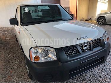 Foto venta Auto usado Nissan NP300 2.4L Pick-up Dh  (2013) color Blanco precio $170,000