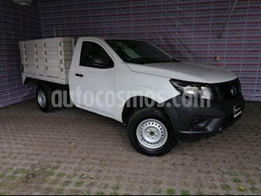 Foto venta Auto usado Nissan NP300 2.5L Chasis Cabina Dh A/A Paquete de Seguridad (2018) color Blanco precio $253,000