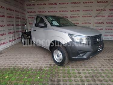 Foto venta Auto usado Nissan NP300 2.5L Chasis Cabina Dh A/A Paquete de Seguridad (2019) color Plata precio $250,000