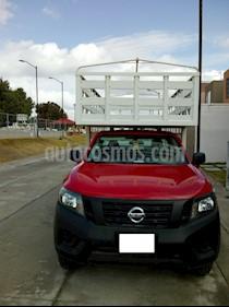 Nissan NP300 2.5L Chasis Cabina Dh A/A usado (2015) color Rojo precio $325,000