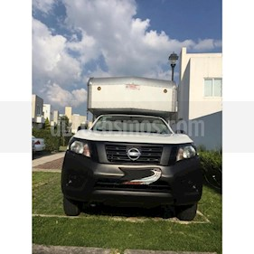 Nissan NP300 2.5L Chasis Cabina Dh Paquete de Seguridad + VDC usado (2017) color Blanco precio $245,000