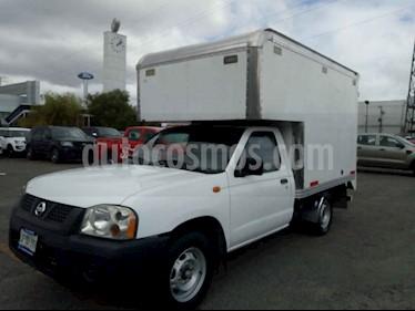 Foto venta Auto usado Nissan NP300 2.5L Chasis Cabina Dh (2013) color Blanco precio $155,000