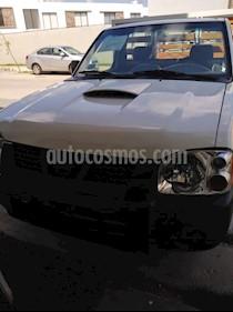 Nissan NP300 2.5L Diesel Chasis 4x2  usado (2007) color Blanco precio $80,000
