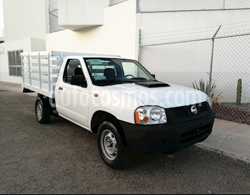 Foto venta Auto Seminuevo Nissan NP300 2.5L Diesel Chasis 4x2  (2012) color Blanco precio $151,000