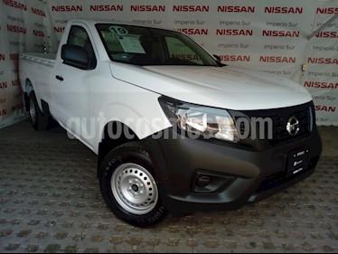 Foto venta Auto usado Nissan NP300 2.5L Pick-up Dh A/A Paquete de Seguridad (2019) color Blanco precio $285,000