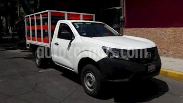 Foto Nissan NP300 2.5L Pick-up Dh  usado (2017) color Blanco precio $198,000
