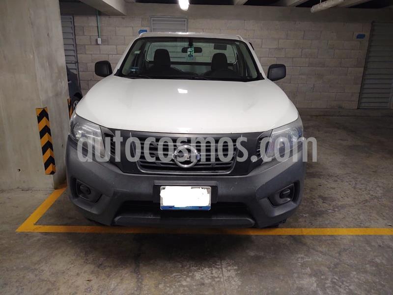 Nissan NP300 2.5L Chasis Cabina Dh usado (2016) color Blanco precio $198,000