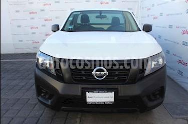 Nissan NP300 2.4L Chasis Dh usado (2019) color Blanco precio $260,000