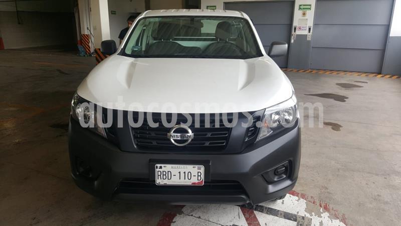 Nissan NP300 2.5L Pick-up Dh A/A usado (2020) color Blanco precio $305,000