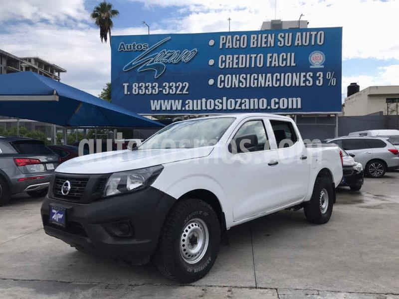 Nissan NP300 2.4L Doble Cabina Tipica usado (2018) color Blanco precio $244,900