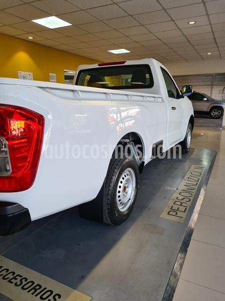 Nissan NP300 2.5L Pick-up Dh A/A usado (2020) color Blanco precio $298,000