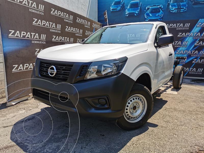 Foto Nissan NP300 2.4L Chasis  usado (2020) color Blanco precio $340,000
