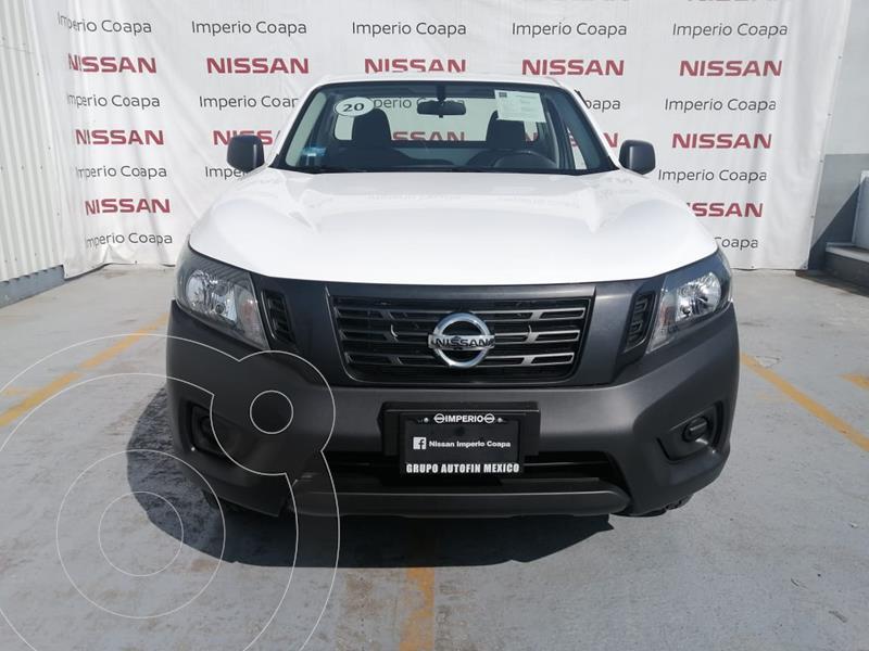 Nissan NP300 2.4L Pick-up Dh   usado (2020) color Blanco precio $330,000