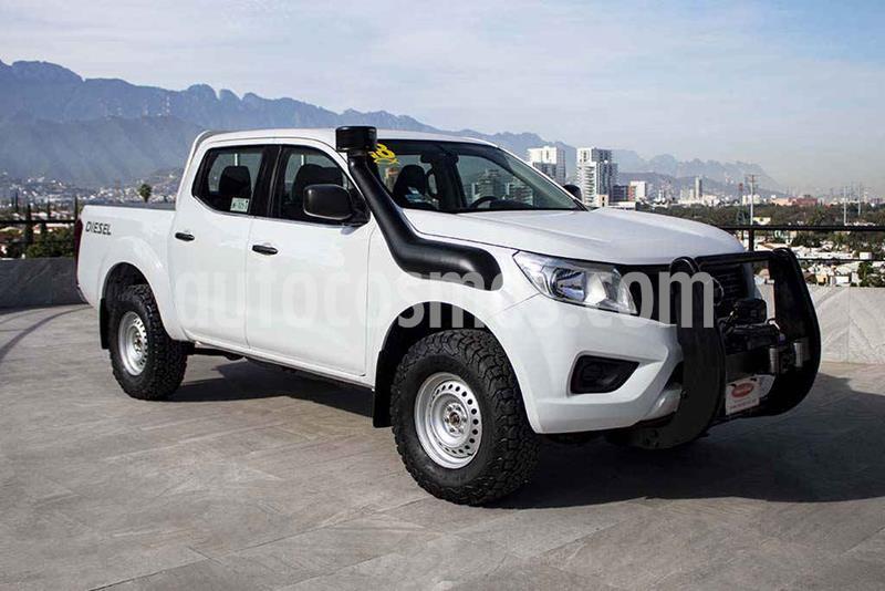 Nissan NP300 S A/A usado (2018) color Blanco precio $329,700