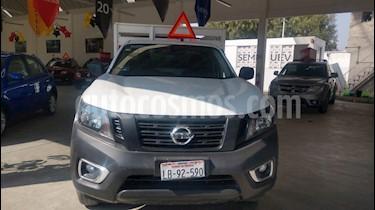Nissan NP300 2.4L Estacas Dh  Paquete de Seguridad usado (2018) color Blanco precio $280,000