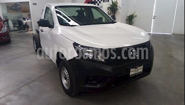 Nissan NP300 2.4L Chasis  usado (2019) color Blanco precio $265,000