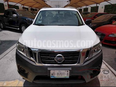 Nissan NP300 2.4L Doble Cabina SE A/A Paquete de Seguridad usado (2018) color Blanco precio $269,900