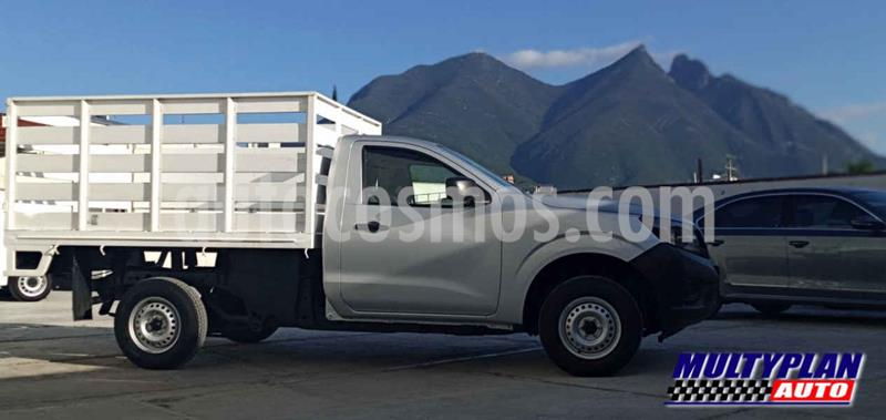 Nissan NP300 2.5L Diesel Pick-up 4x2 Ac usado (2019) color Blanco precio $289,990