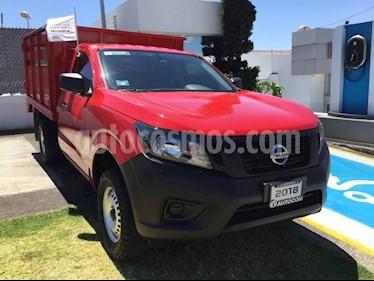Foto venta Auto usado Nissan NP300 NP300 ESTACAS TM DH AC 6VEL PAQ SEG (2018) color Rojo precio $280,000