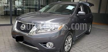Foto venta Auto usado Nissan Pathfinder 5p Advance V6/3.5 Aut (2014) color Gris precio $283,000