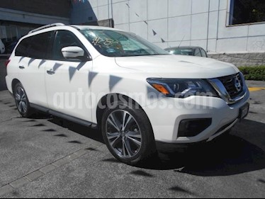 Nissan Pathfinder 5p Exclusive V6/3.5 Aut AWD usado (2017) color Blanco precio $468,000
