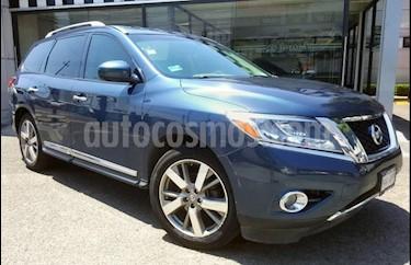 Foto Nissan Pathfinder 5p Exclusive V6/3.5 Aut usado (2014) color Azul precio $270,000