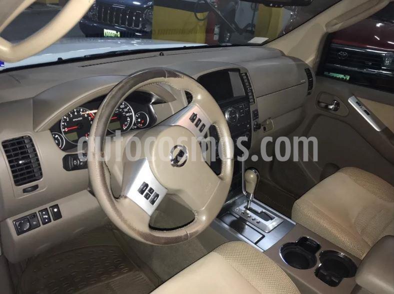 Nissan Pathfinder LE 4.0L Premium Aut usado (2008) color Blanco precio $35.000.000