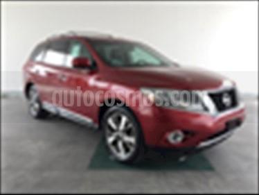 Nissan Pathfinder Exclusive 4x4 usado (2016) color Rojo precio $350,000