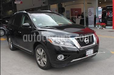 Foto venta Auto Seminuevo Nissan Pathfinder Exclusive 4x4 (2014) color Negro precio $319,000