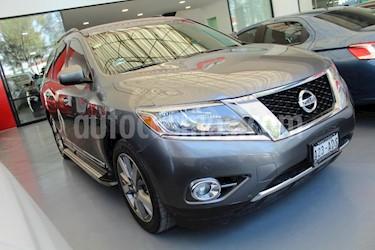 Foto venta Auto Seminuevo Nissan Pathfinder Exclusive 4x4 (2015) color Gris precio $415,000