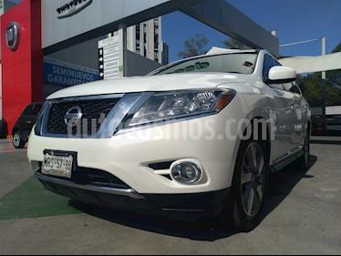 Foto venta Auto usado Nissan Pathfinder Exclusive 4x4 (2014) color Blanco precio $300,000