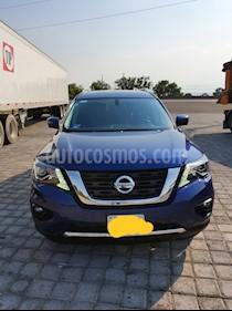 Nissan Pathfinder Exclusive 4x4 usado (2017) color Azul Metalico precio $580,000