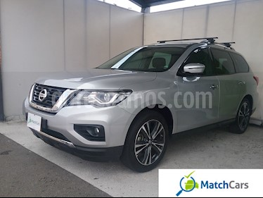 Foto venta Carro usado Nissan Pathfinder Exclusive Plus (2017) color Plata precio $122.990.000