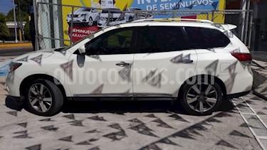 Foto venta Auto usado Nissan Pathfinder Exclusive (2015) color Blanco precio $315,000