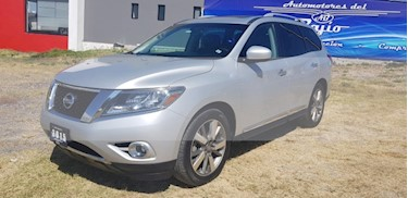 Foto venta Auto usado Nissan Pathfinder Exclusive (2015) color Plata precio $309,000