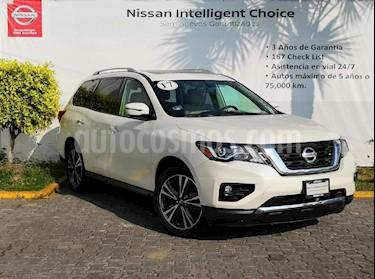 Foto venta Auto usado Nissan Pathfinder Exclusive (2017) color Blanco precio $595,000