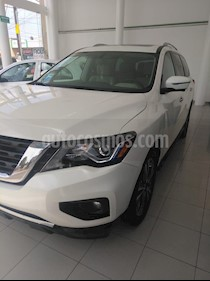 Foto Nissan Pathfinder Exclusive usado (2016) color Blanco precio $345,000