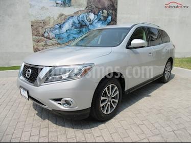 Nissan Pathfinder Sense usado (2015) color Plata precio $249,900