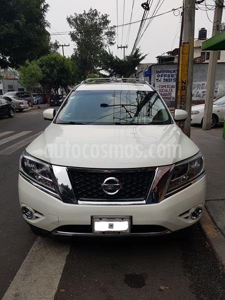 Nissan Pathfinder Exclusive 4x4 usado (2015) color Blanco precio $305,000
