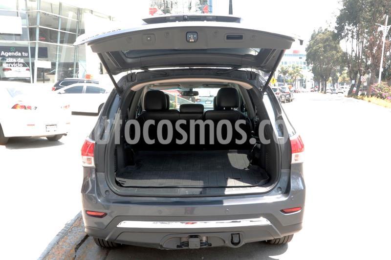 Nissan Pathfinder Exclusive usado (2014) color Plata Dorado precio $259,000