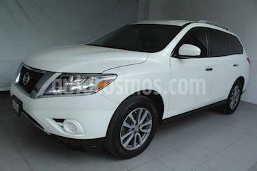 Nissan Pathfinder 5p Sense V6/3.5 Aut usado (2014) color Blanco precio $255,000