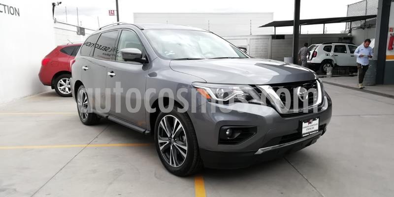 Nissan Pathfinder Exclusive usado (2018) color Gris Oxford precio $530,000