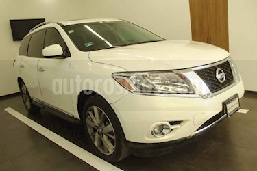 Nissan Pathfinder 5p Exclusive V6/3.5 Aut AWD usado (2014) color Blanco precio $239,000