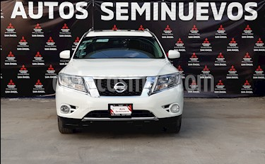 Nissan Pathfinder Advance usado (2016) color Blanco precio $324,000