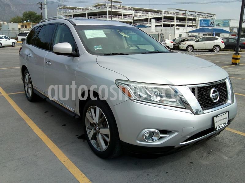 Nissan Pathfinder Exclusive 4x4 usado (2015) color Plata precio $340,000