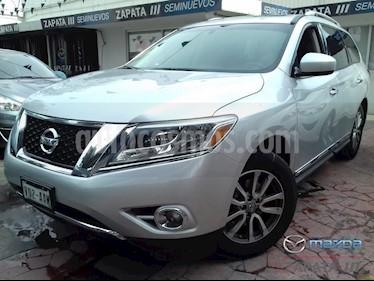 Nissan Pathfinder Advance usado (2015) color Plata precio $260,000