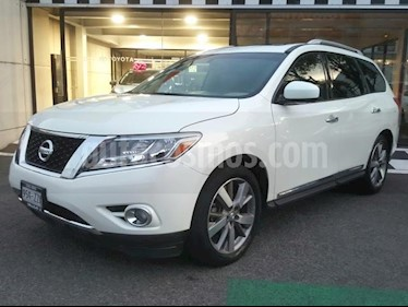 Nissan Pathfinder 5p Exclusive V6/3.5 Aut usado (2015) color Blanco precio $290,000