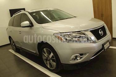Nissan Pathfinder 5p Exclusive aut V6 usado (2013) color Plata precio $225,000