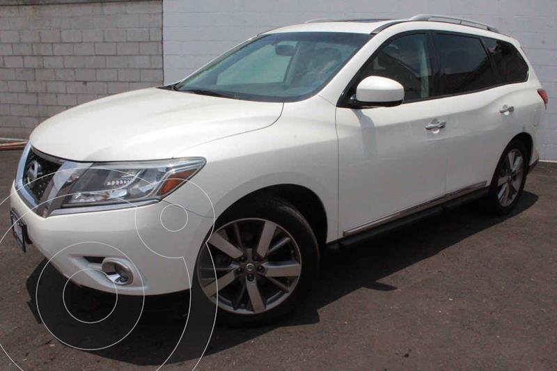 Foto Nissan Pathfinder Exclusive usado (2015) color Blanco precio $310,000